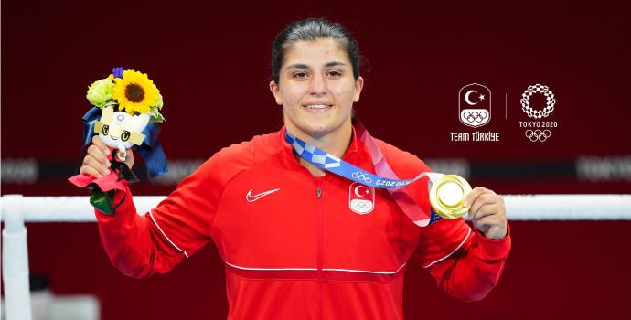 Busenaz Sürmeneli Olimpiyat Şampiyonu