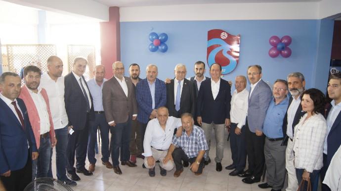 Tuzla Anadolu Tayfa Trabzonsporlular Derneği açıldı