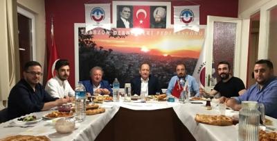 TDF Gençlik Kolları Sahur programında Akif Hamzaçebi'yi ağırladı